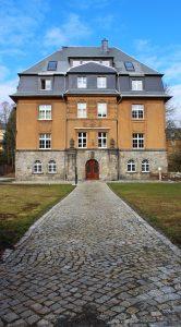 Nachmieter gesucht: Maisonette Wohnung mit 4 Zimmern in Görner Villa
